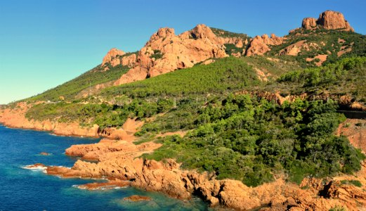 Le massif de l'Esterel est un des 12 endroits incontournables de la Côte d'Azur.