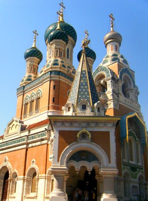 La cathédrale orthodoxe à Nice est un des nombreux endroits incontournables à visiter à Nice.