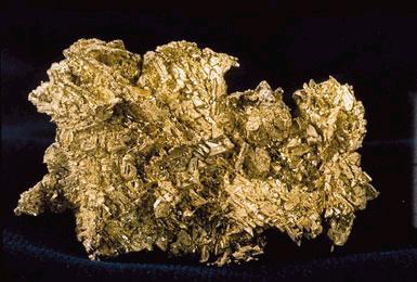 L'or est récolté sous forme de pépites d'or.